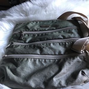 Baggalini nylon triple zipper cross body bag